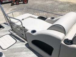 2018 SunCatcher X322 FC Saltwater Series