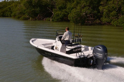 2015 - Blue Wave Boats - 2200 Pure Bay