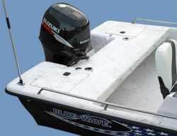 2009 - Blue Wave Boats - 190 Classic DC