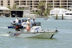 2012 - Blue Wave Boats - 220 Super Tunnel Deluxe