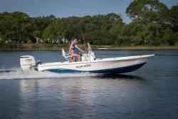 2018 - Blue Wave Boats - 2300 PureBay