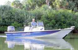 Blue Wave Boats 244 Magnum Center Console Boat