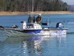 Blue Wave Boats 220 Striper Center Console Boat