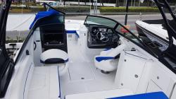 2017 Pathfinder Boats 2200 TRS