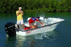 Boston Whaler Boats - 150 Montauk