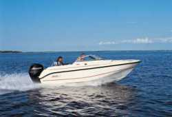 2010 - Boston Whaler Boats - 180 Ventura
