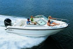 2010 - Boston Whaler Boats - 210 Ventura