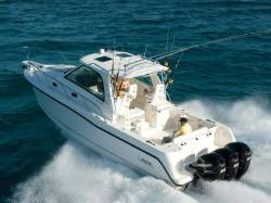 2011 - Boston Whaler Boats - 345 Conquest