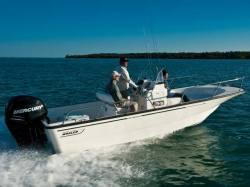 2012 - Boston Whaler Boats - 190 Montauk