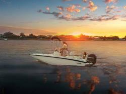 2013 - Boston Whaler Boats - 170 Dauntless