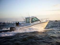 2013 - Boston Whaler Boats - 285 Conquest Pilothouse
