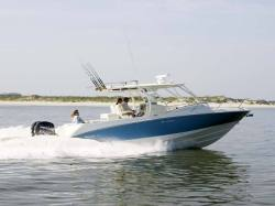 2014 - Boston Whaler Boats - 320 Outrage Cuddy Cabin