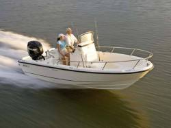 2014 - Boston Whaler Boats - 190 Outrage