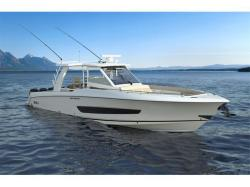 2015 - Boston Whaler Boats - 420 Outrage