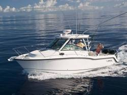 2015 - Boston Whaler Boats - 285 Conquest