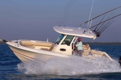 2018 - Boston Whaler Boats - 250 Outrage