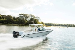 2018 - Boston Whaler Boats - 270 Vantage