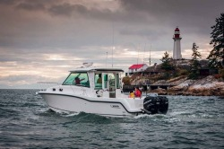 2018 - Boston Whaler Boats - 315 Conquest Pilothouse