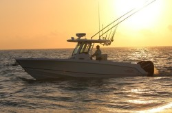 2018 - Boston Whaler Boats - 280 Outrage