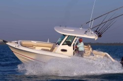 2019 - Boston Whaler Boats - 250 Outrage