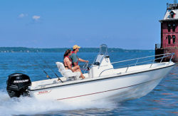 Boston Whaler Boats 190 Outrage Center Console Boat