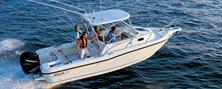 Boston Whaler Boats 235 Conquest Walkaround Boat