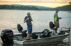 2020 Crestliner XF17 Bass Boat
