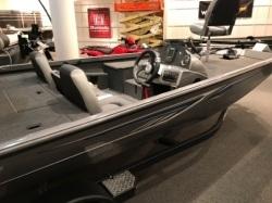 2017 - Crestliner Boats - VT 17