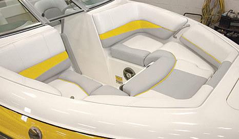 com_images_boat190_image3