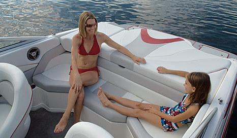 com_images_boat210_image2