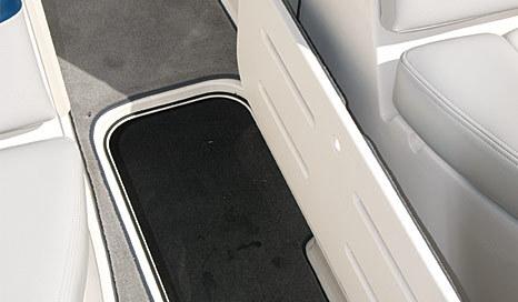 com_images_boat255_image8