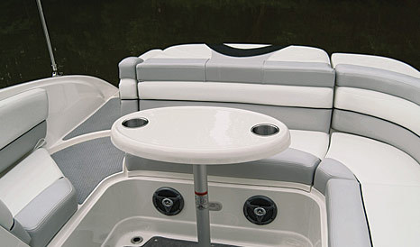 com_images_boat268_image2