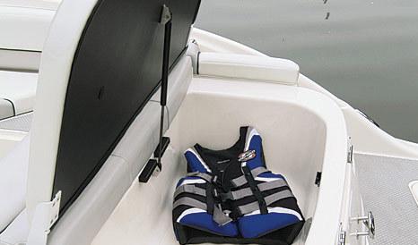 com_images_boat268_image3