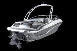 2019 - Bryant Boats -210 Surf