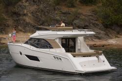 2015 - Carver Yachts - C40