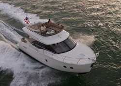 2015 - Carver Yachts - Carver 34