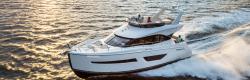 2018 - Carver Yachts - C52 Command Bridge