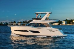 2018 - Carver Yachts - C40 Command Bridge