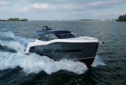 2019 - Carver Yachts - C43 Coupe