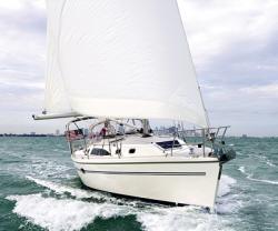 2009 - Catalina Sailboats - 375