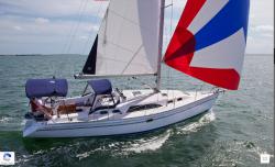 2019 - Catalina Sailboats - Catalina 385