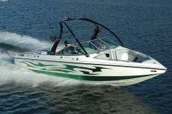 2011 - Centurion Boats - Avalanche C4