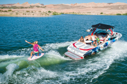 2013 - Centurion Boats - Enzo SV244