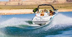 2015 - Centurion Boats - Enzo SS210