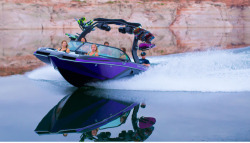 2015 - Centurion Boats - Enzo FS22