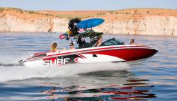 2015 - Centurion Boats - Enzo SV233