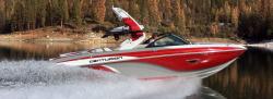 2017 - Centurion Boats - Ri217