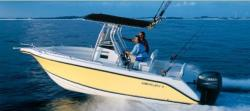 2009 - Century Boats - 2200 Center Console