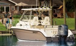 2014 - Century Boats - 2600 Walkaround