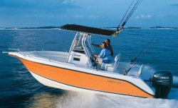 2014 - Century Boats - 2200 Center Console